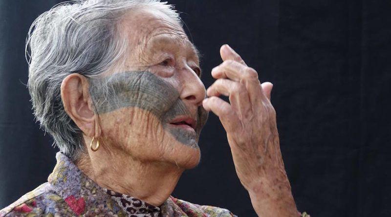 В возрасте 103 лет умерла одна из последних женщин-атаялов