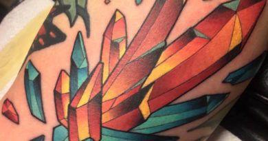 krystal tattu foto