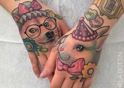 Тату кролик и волк на руке