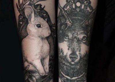 Тату кролик и волк