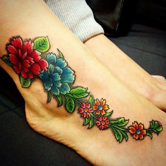 татуировок в виде цветов