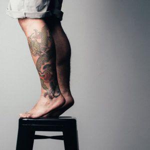 Тату на ноге - идеи и фото