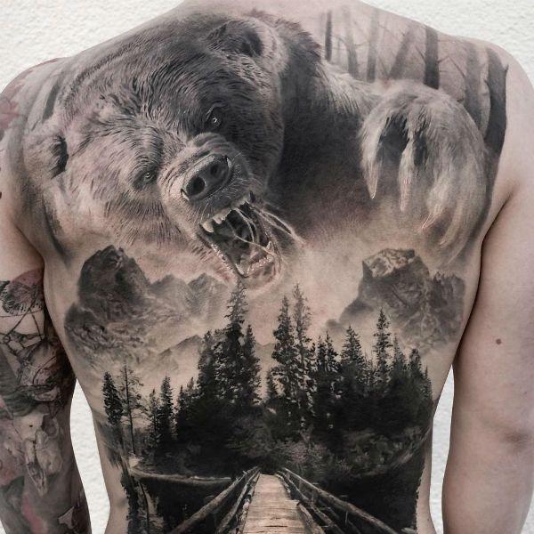 значит медведь в татуировке