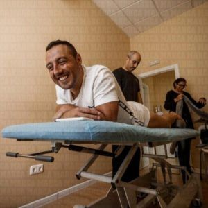 Санти Карлосу пересадили татуировку