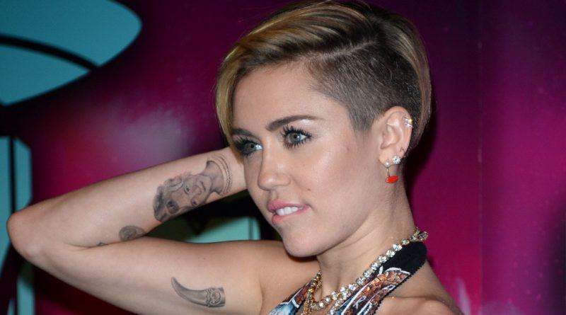 Самые необычные и изысканные татуировки знаменитостей с глубоким смыслом