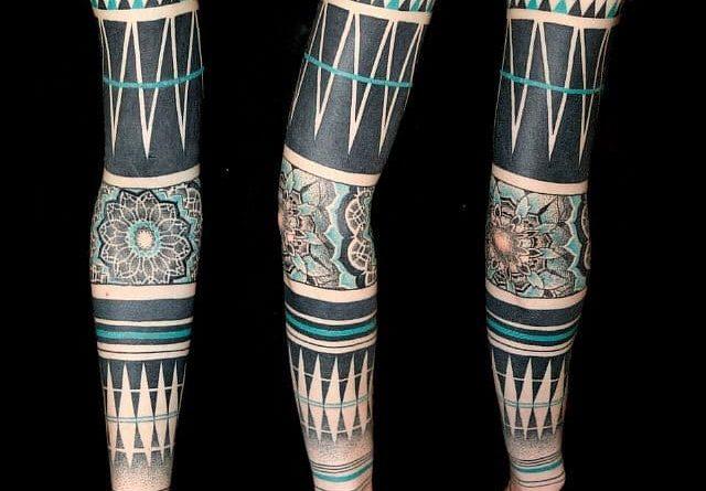 татуировка в стиле блэкворк