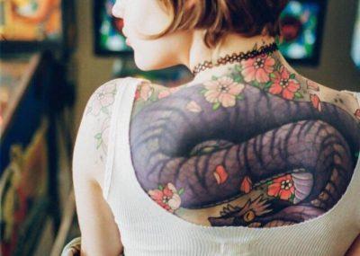 стиль япония в тату на спине женские дракон