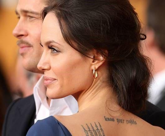 Татуировки Анджелины Джоли на спине