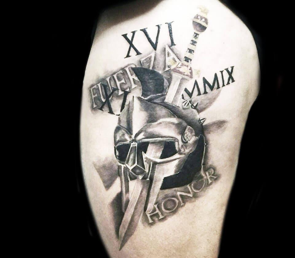 Тату шлем гладиатора